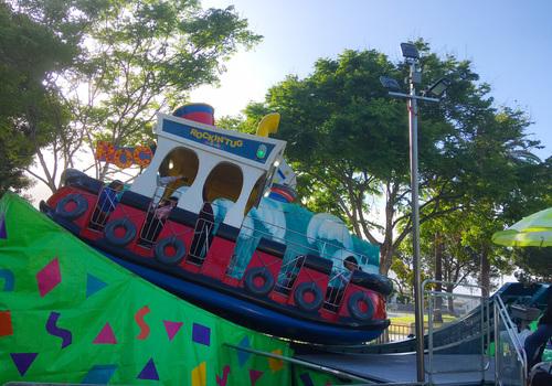 Rock n Tug Boat